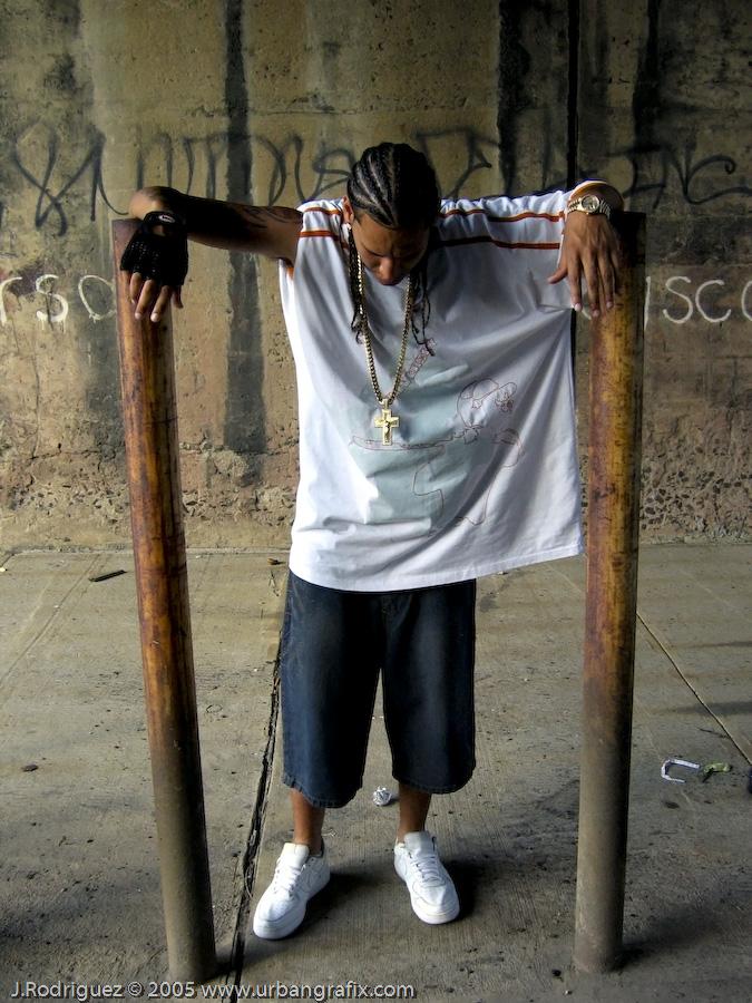 Temperamento - Hip Hip / Reggaeton / Latin Rap Artist