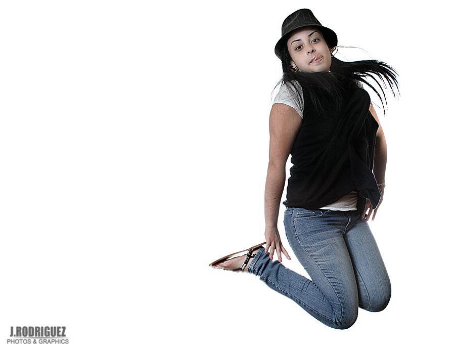 Daniela - JUMP!